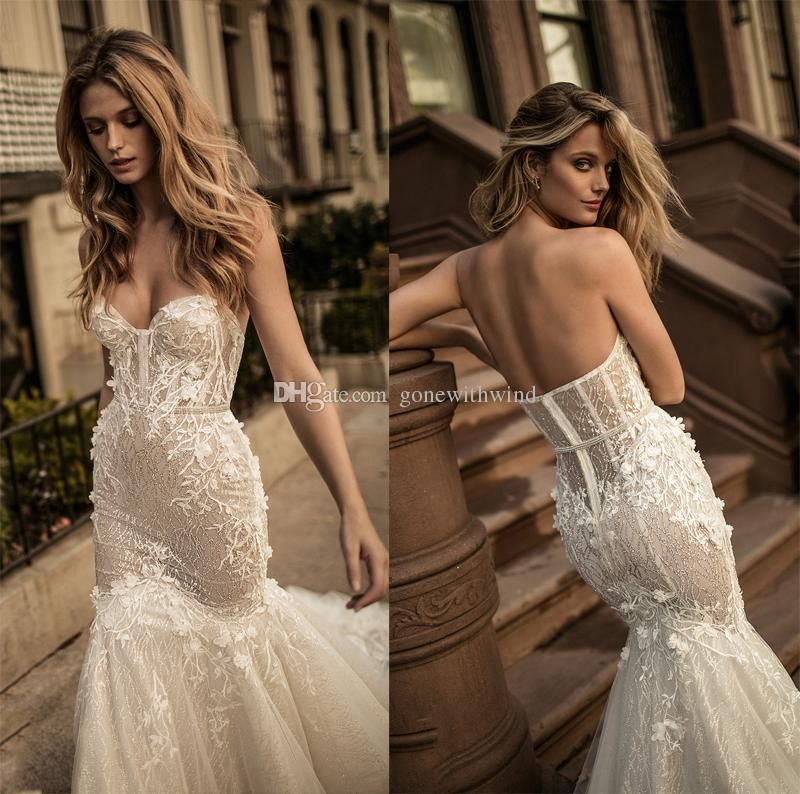 2017 Berta Bridal Corset Wedding Dresses Sweetheart Neckline Bustier  Heavily Embellished Bodice Long Train Mermaid Wedding Gowns