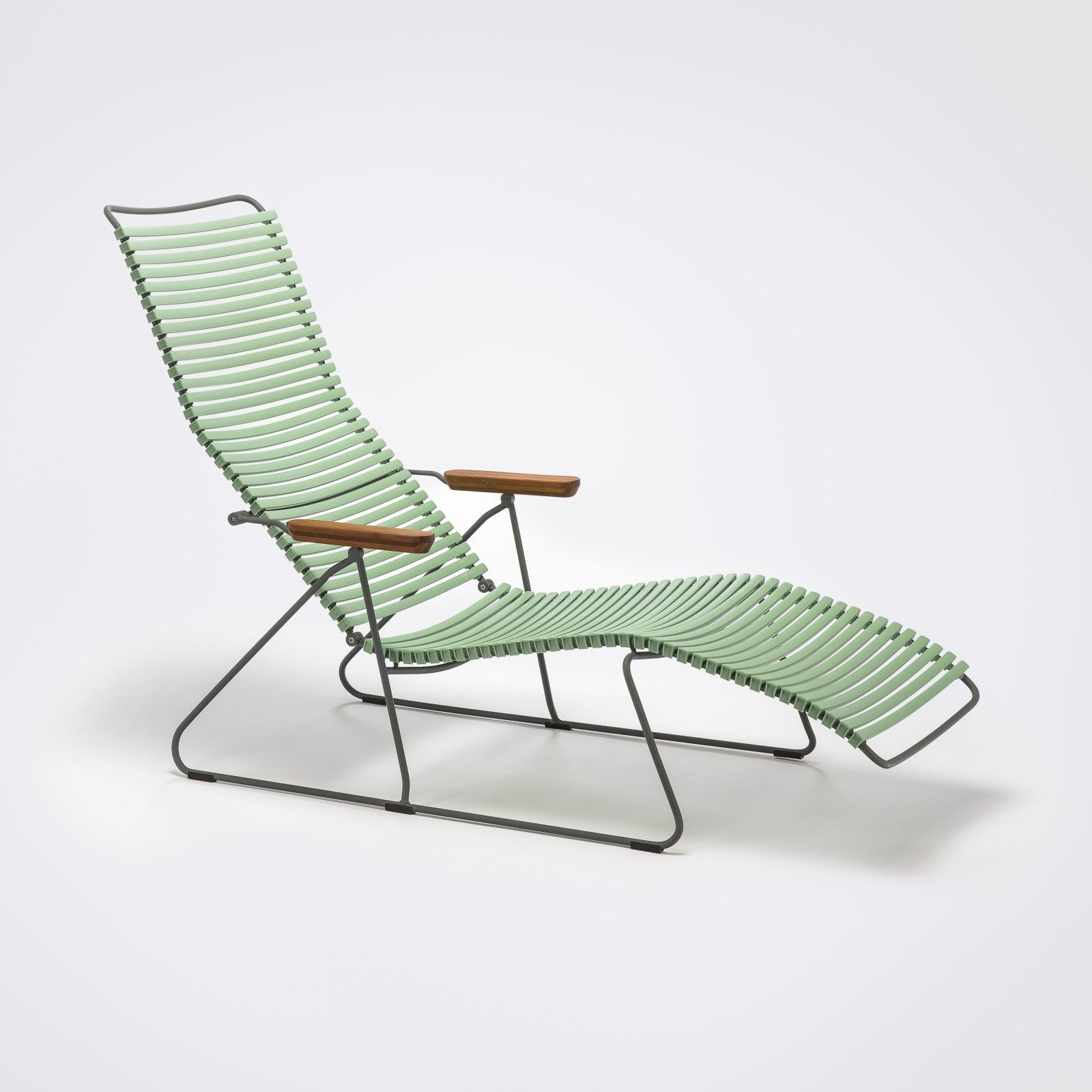 Click Sunlounger From Houe In 2020 Sun Lounger Outdoor Chairs