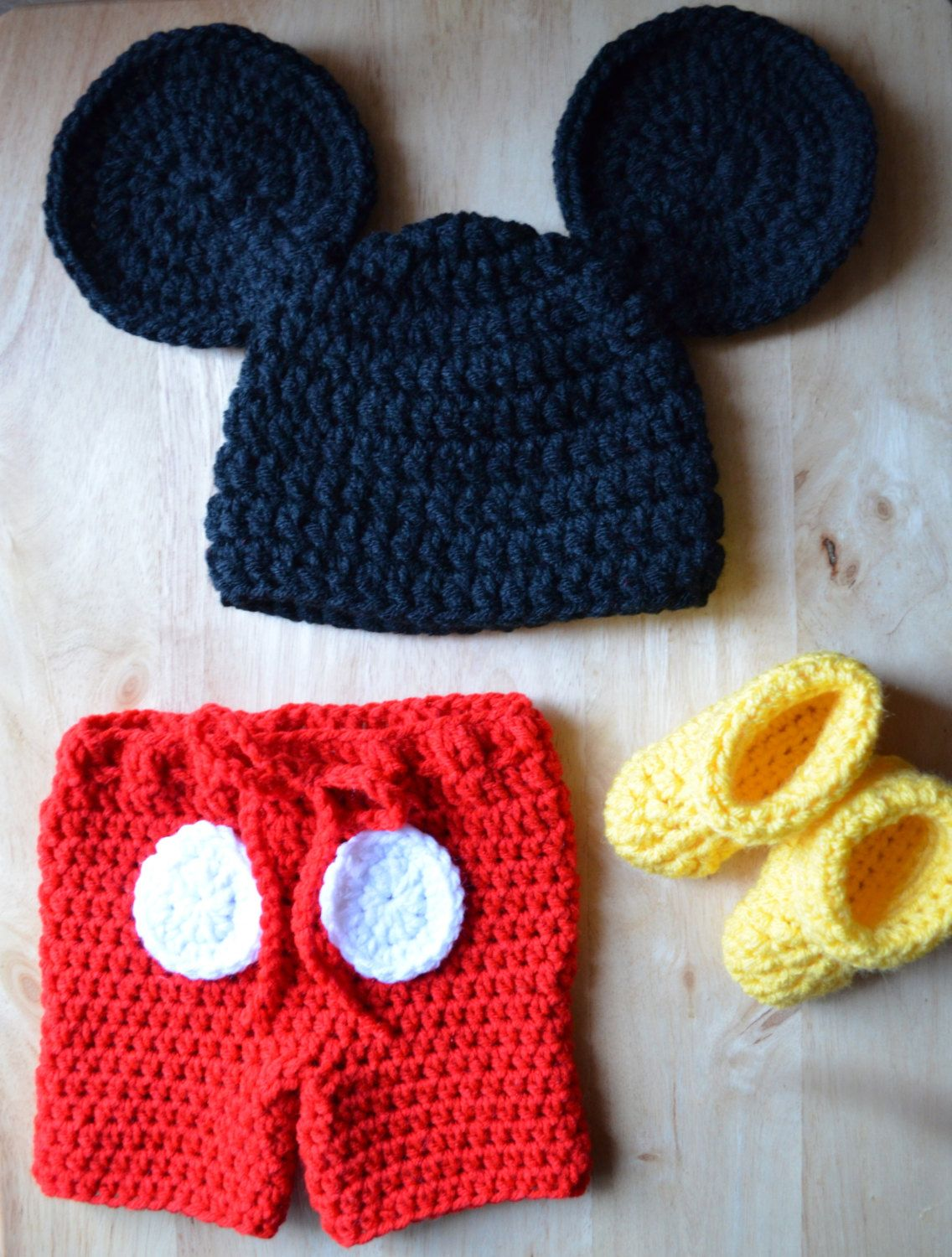 03M Mickey Mouse Crochet Photography Prop Set by NatsCustomHats ...
