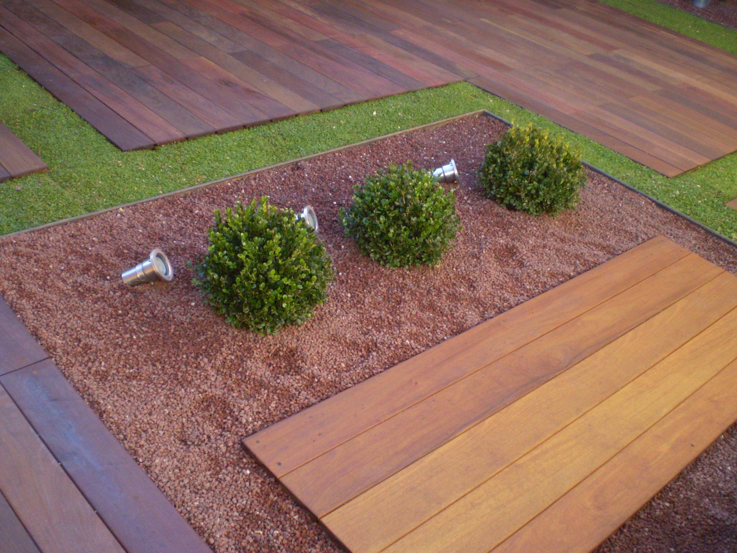 Piedras para paisajismo buscar con google jardines for Jardines con cesped