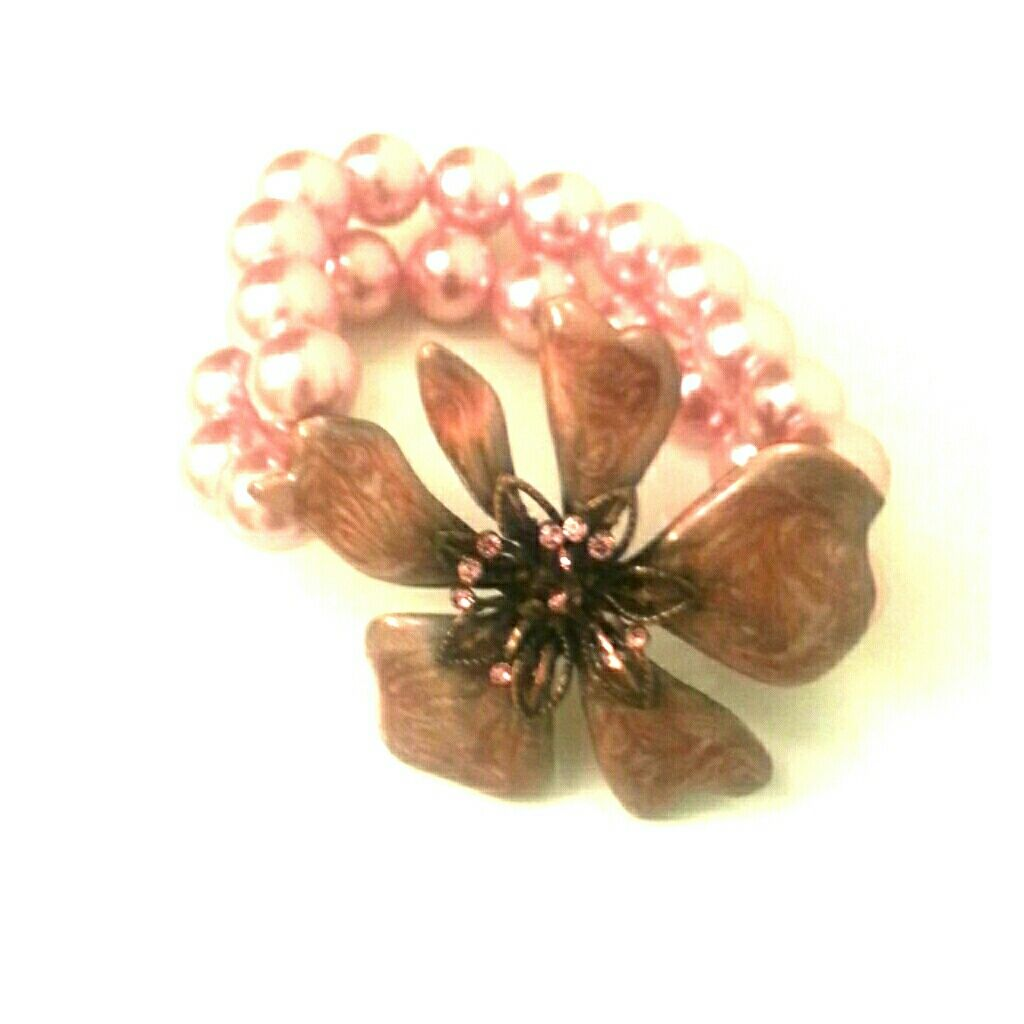 Pink Pearl And Flower Bracelet