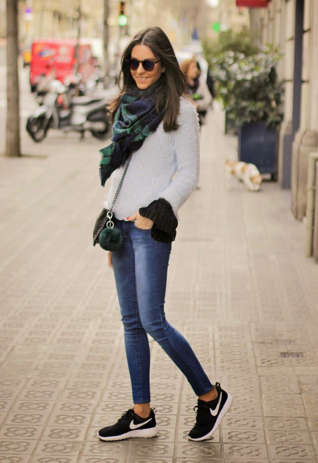 BCN FASHIONISTA I'm obsessed with the blouse with