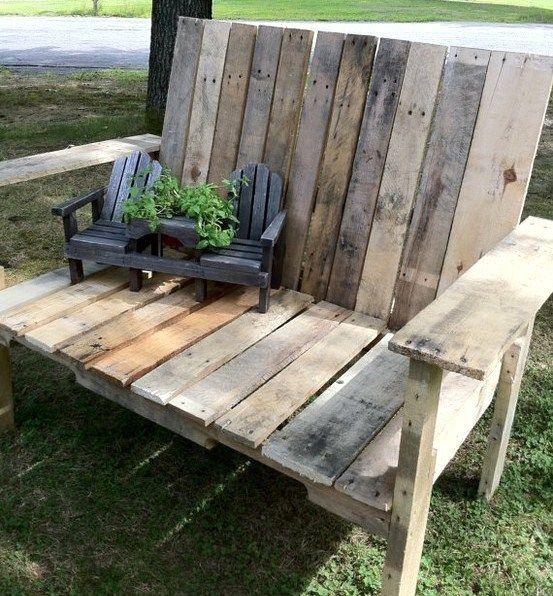 De jolis bancs en bois, faits maison pour le jardin ...