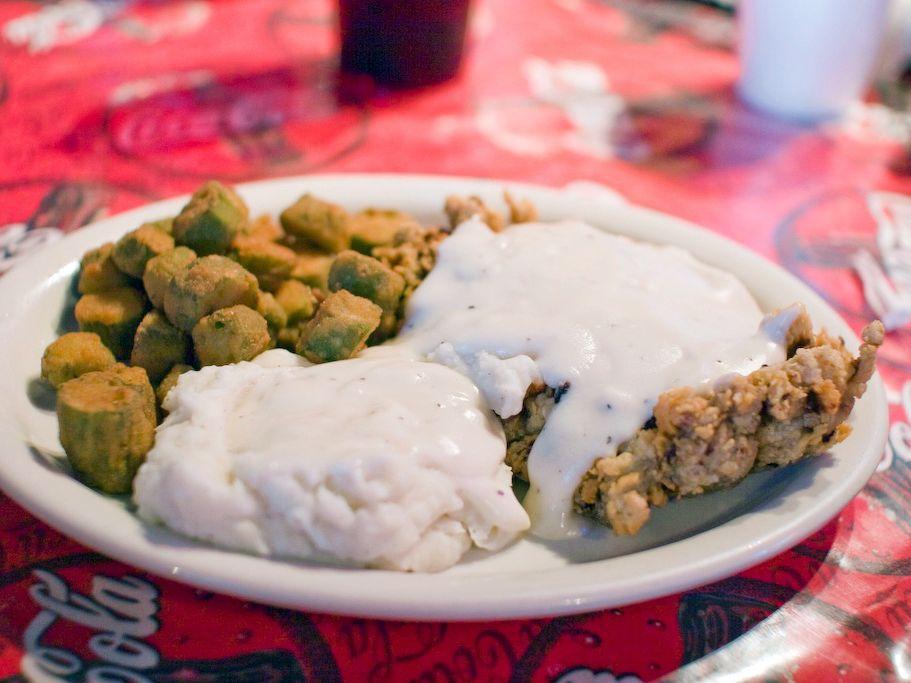 Fanfavorite football foods across america food network
