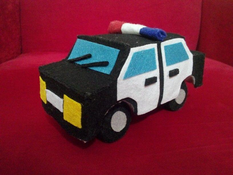 Oğluşumla keçeden polis arabası yaptık