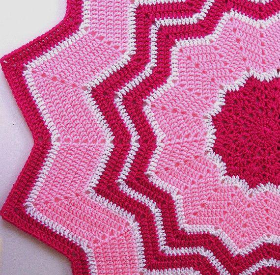 Crocheted Baby Afghan, ROUND RIPPLE Blanket - Cool looking pattern ...