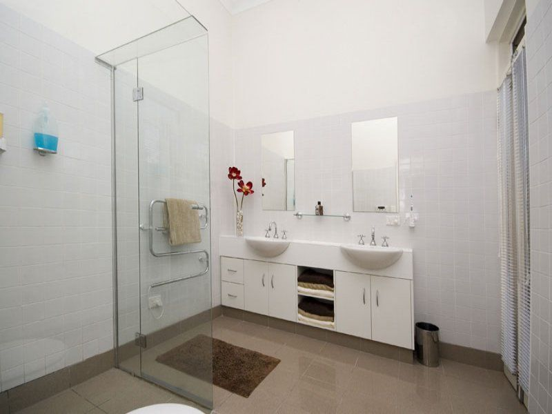 Tagged as bathroom tiling more inspiration at - Simple bathroom designs for small spaces ...