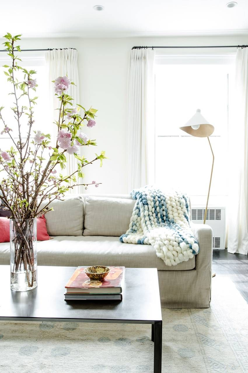 21 Best Ways to Attract Love with Feng Shui | Living room ...