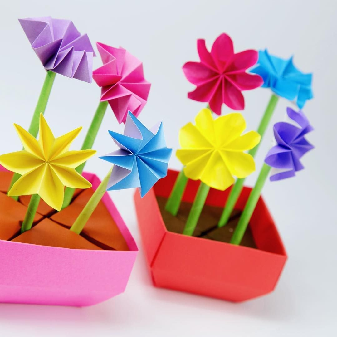 Flower Pots With Spiky Or Rounded Flowers Origami Flowers