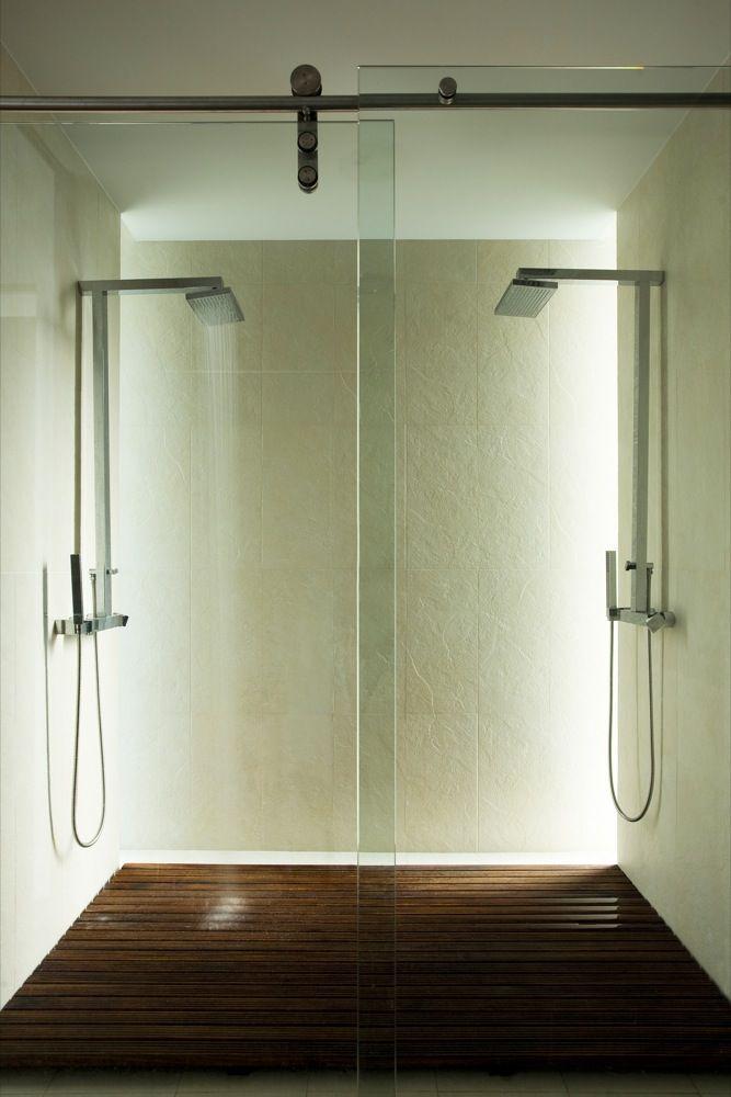 Modest Shower Bathroom Idea :: http://walkinshowers.org/best-walk-in ...