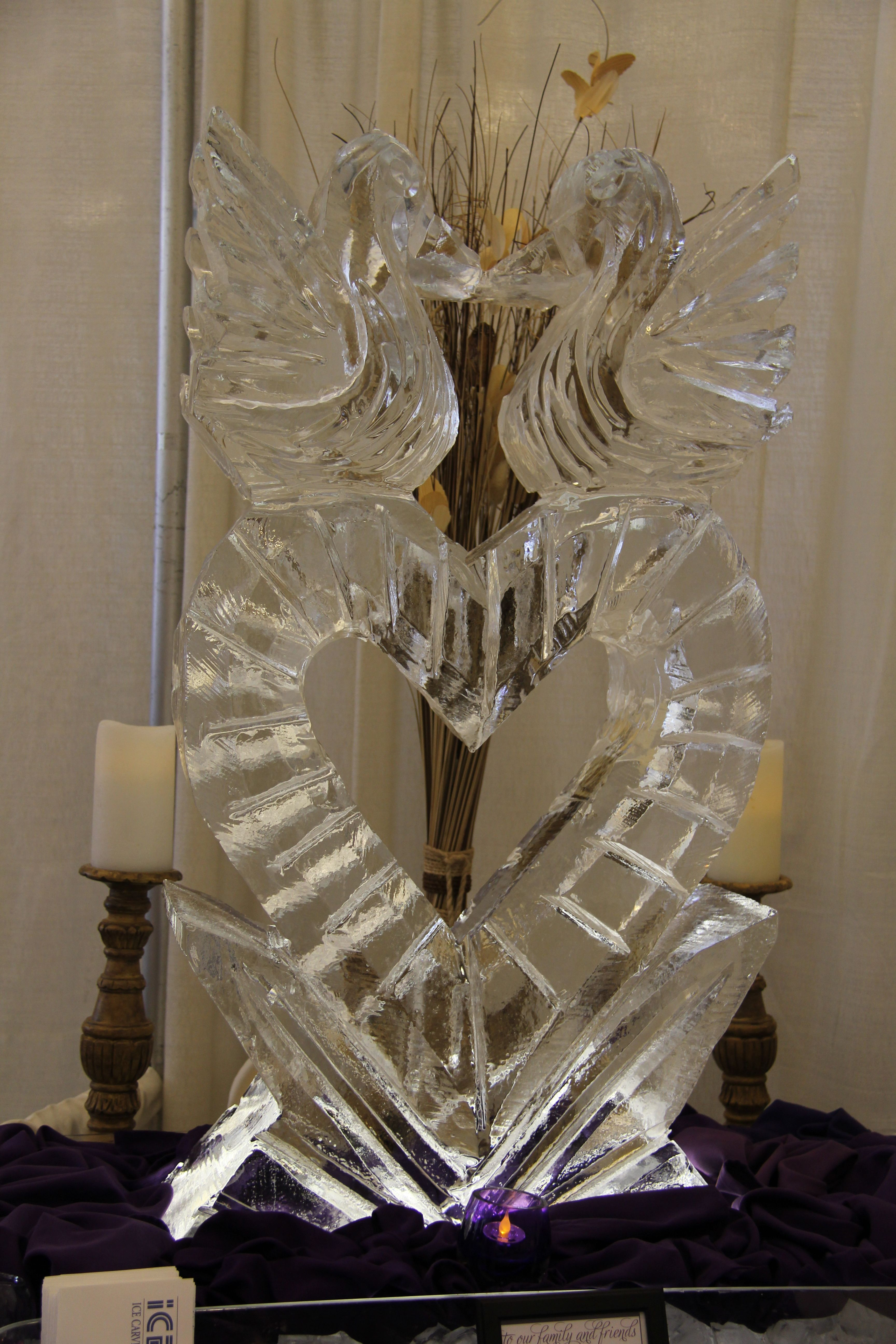 Ice Carving at the 2014 Wedding Expo Wedding catering