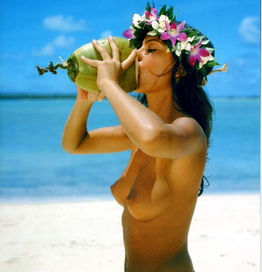 Beautiful pacific island girl naked