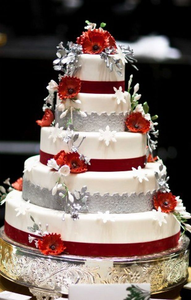 Red Amp White Wedding Cakes Wedding Cake Red Beautiful