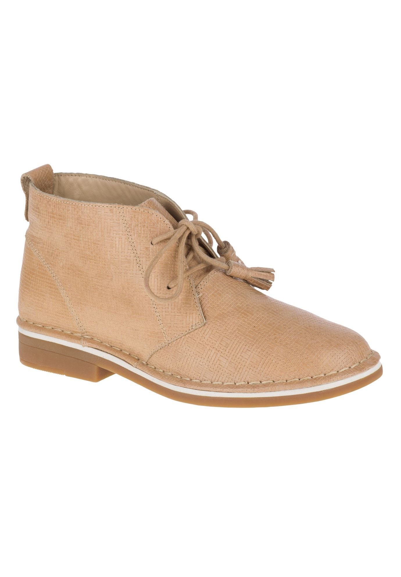This Essential Boot In Worryfree Suede With A Shimmering Finish Is A True Wardrobe Staple Easy In 2020 Hush Puppies Shoes Women Hush Puppies Shoes Hush Puppies Women