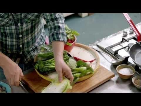 ▶ Sticky squid balls, grilled prawns & noodle broth. Plus sausage fusilli and creamy garden salad