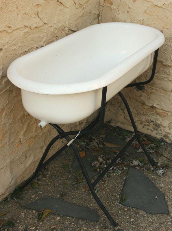 Exceptionnel Vintage Baby Bath