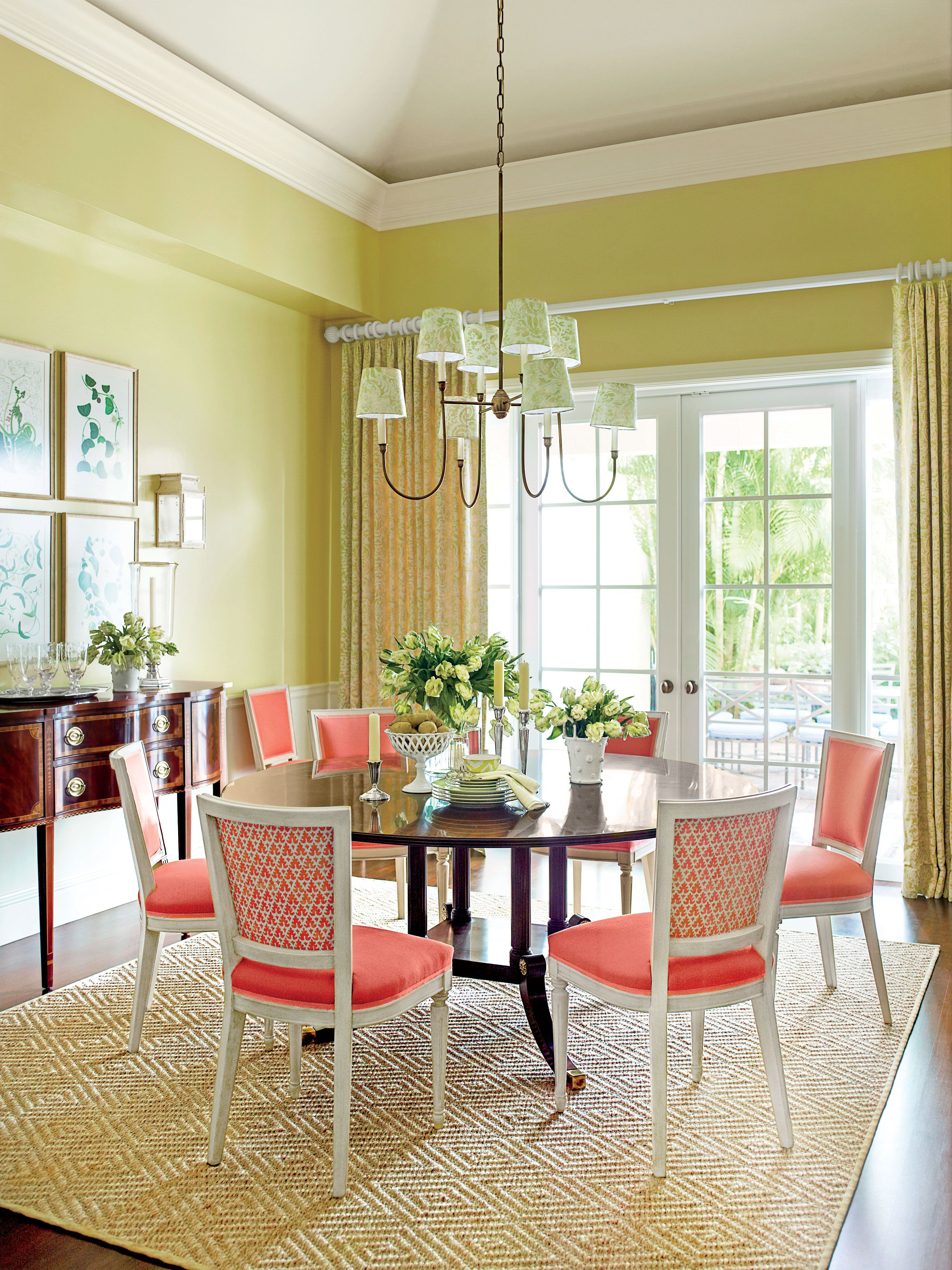 4 Give Your Dining Room A Splash Of Bold Color