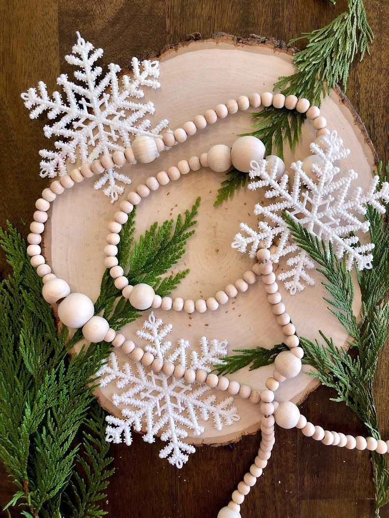 Long wood bead garland/Christmas Garland/Tree Garland