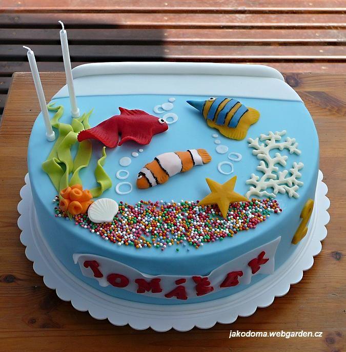 Enjoyable Fish Tank With Images Fish Cake Birthday Fondant Fish Ocean Funny Birthday Cards Online Necthendildamsfinfo