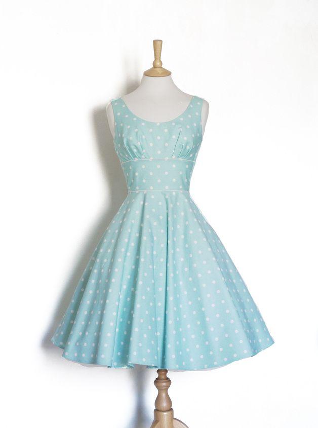 Petticoatkleid mit Punkten // polka dots petticoat dres via DaWanda ...