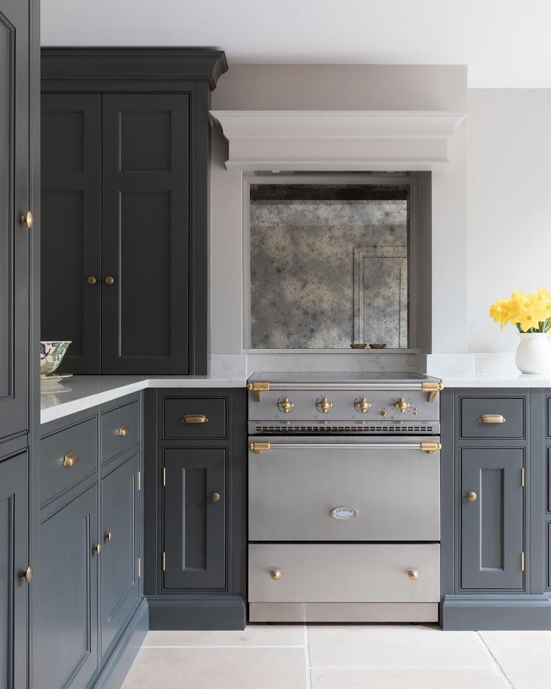 Such Love For The Baby Lacanche Range Cooker In This Cambridge Project It S Amazing How These Incredible Range C Range Cooker Kitchen Remodel L Shaped Kitchen