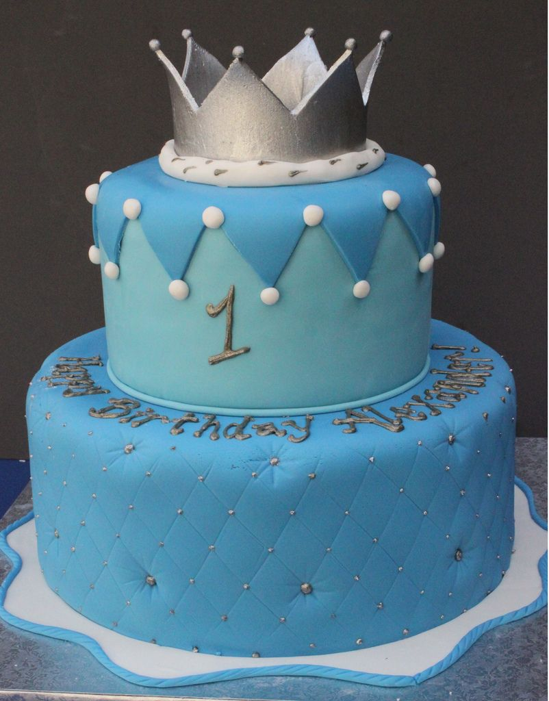 Crown For A King Or Queen In 2018 Birthday Cakes Pinterest