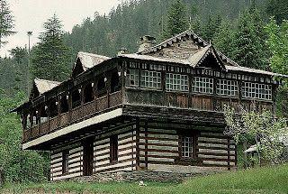 Image from http://3.bp.blogspot.com/_oyNGjUshKzs/RgurvSokw7I/AAAAAAAAAcw/QExinMQmkPI/s320/Traditional+House+in+Himachal+Pradesh,+India.jpg.