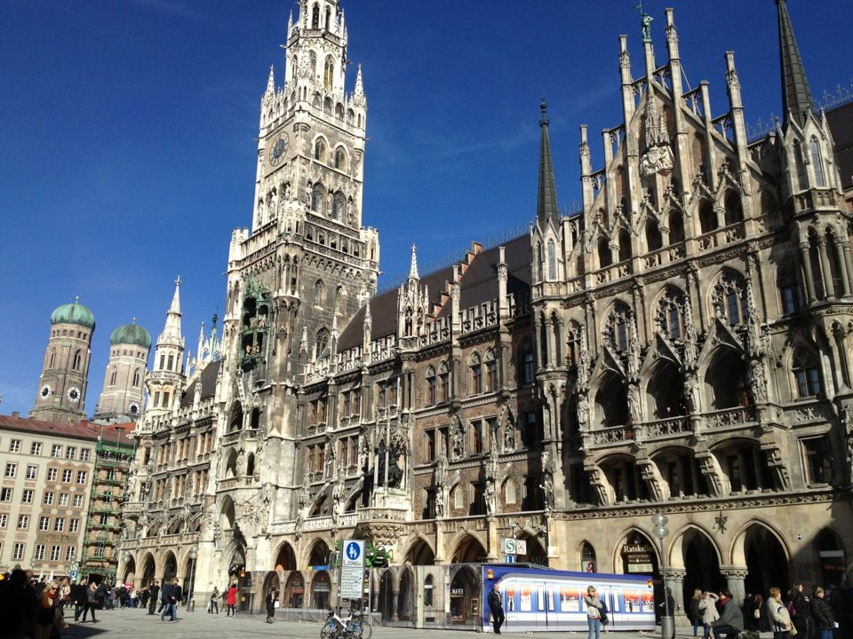 Marienplatz In Munchen Places To Go Places My Travel