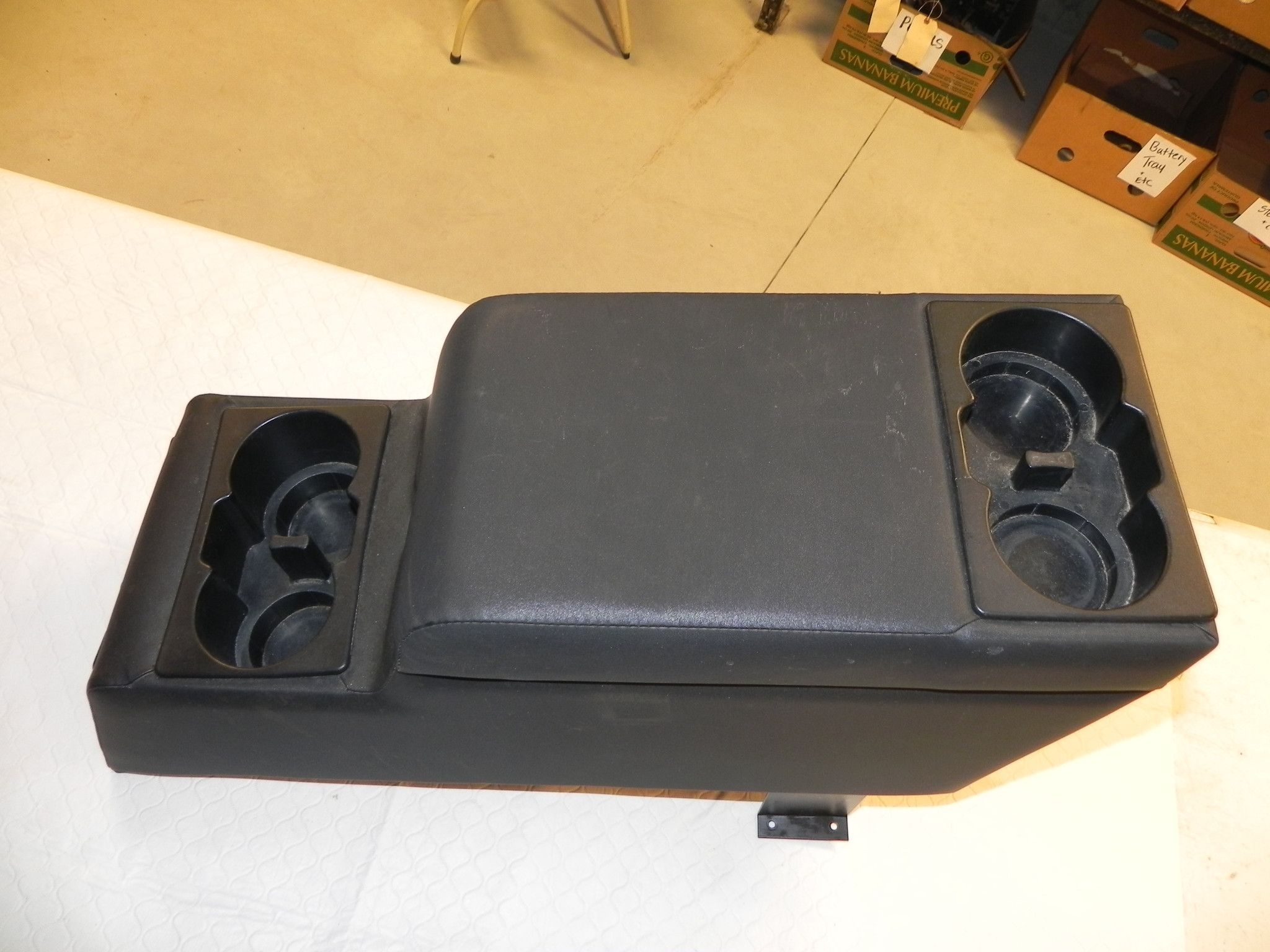 Jeep Wrangler YJ Center Console 87-95 Aftermarket