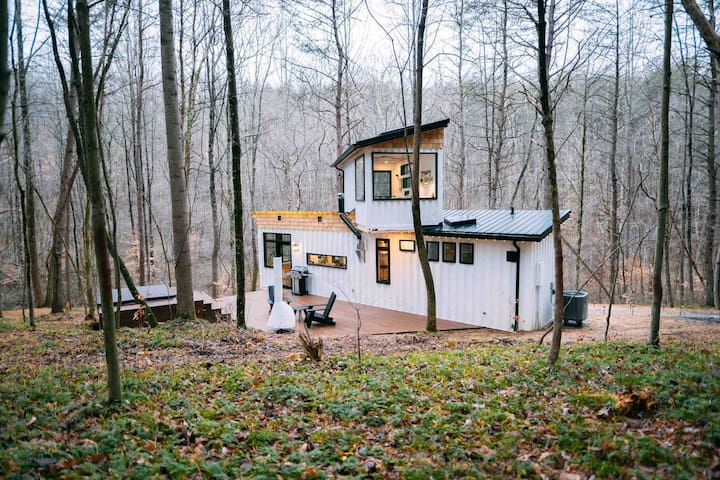 The Boho Box Hop Hocking Hills Tiny Houses For Rent In