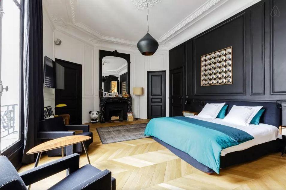 Moulures et Boiseries noires - Appartement haussmannien à Paris sur - logiciel gratuit architecture maison