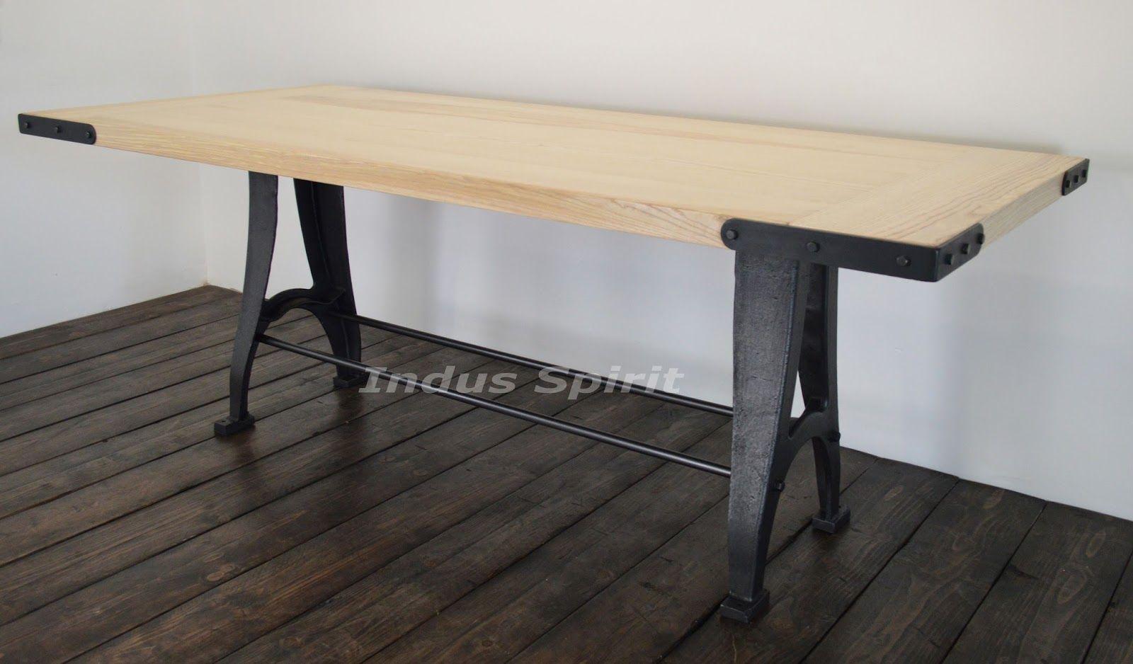 Meuble Industriel Decoration Industrielle Meuble De Metier A Lyon Boutique Indus Spirit Table Design Industriel Table Design Design Industriel Design
