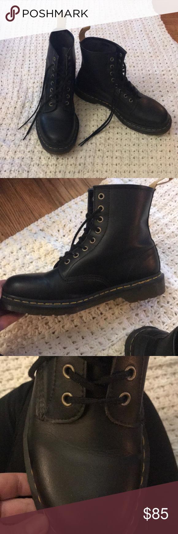 Dr. Martens vegan 1460 combat boot size