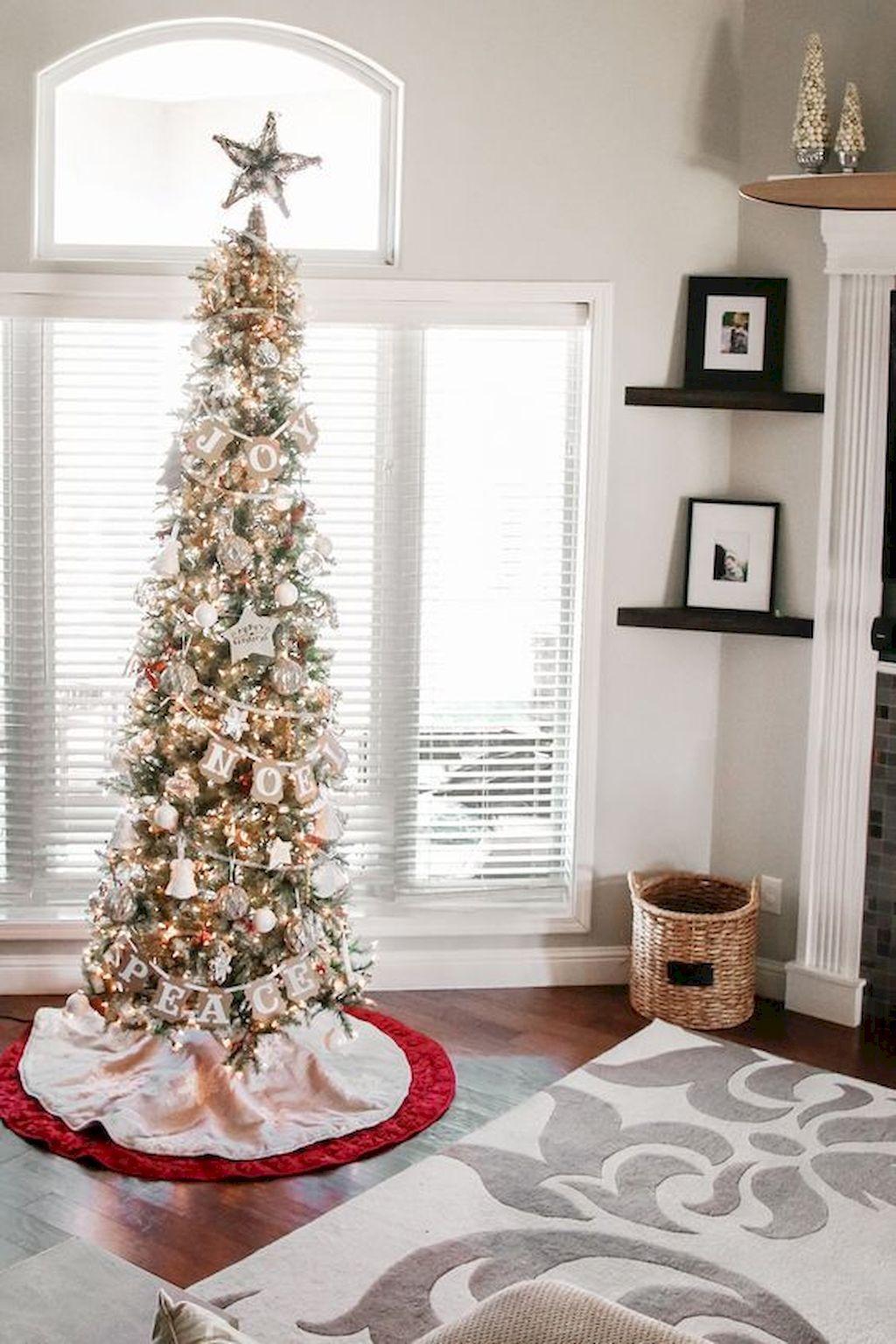 Awesome 80 Fantastic Farmhouse Christmas Tree Decorating