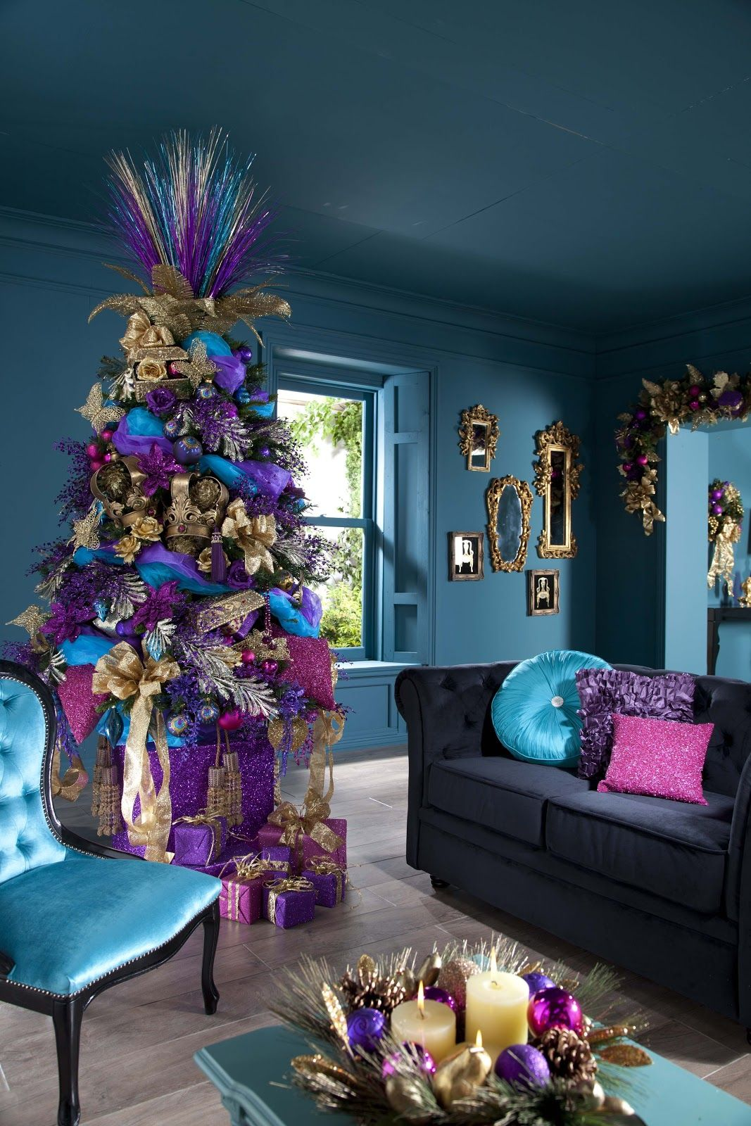 White christmas tree with purple and blue decorations - Unique Festive Colorful Purple Blue Pink And Gold Christmas Tree And Interior Living Room Holiday Decoration Ideas Festive Merry Christmas Tree Holiday