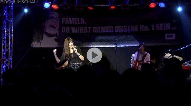 Portrait über die Sängerin Pamela Falcon. Über 20 Jahre auf Bochums Bühnen, vom Starlight Express zun den New York Nights.