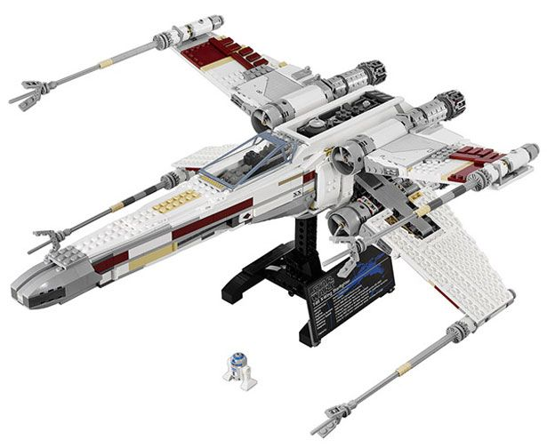 Set oficial LEGO del X-Wing Starfighter Red Five de Star Wars | Geek ...