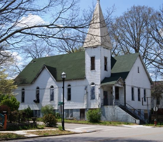 Harriman Tennessee If Not Mistaken One Of The First Churches I Went To In Area As A Kid Looks Very Familiar County House House Styles Rockwood