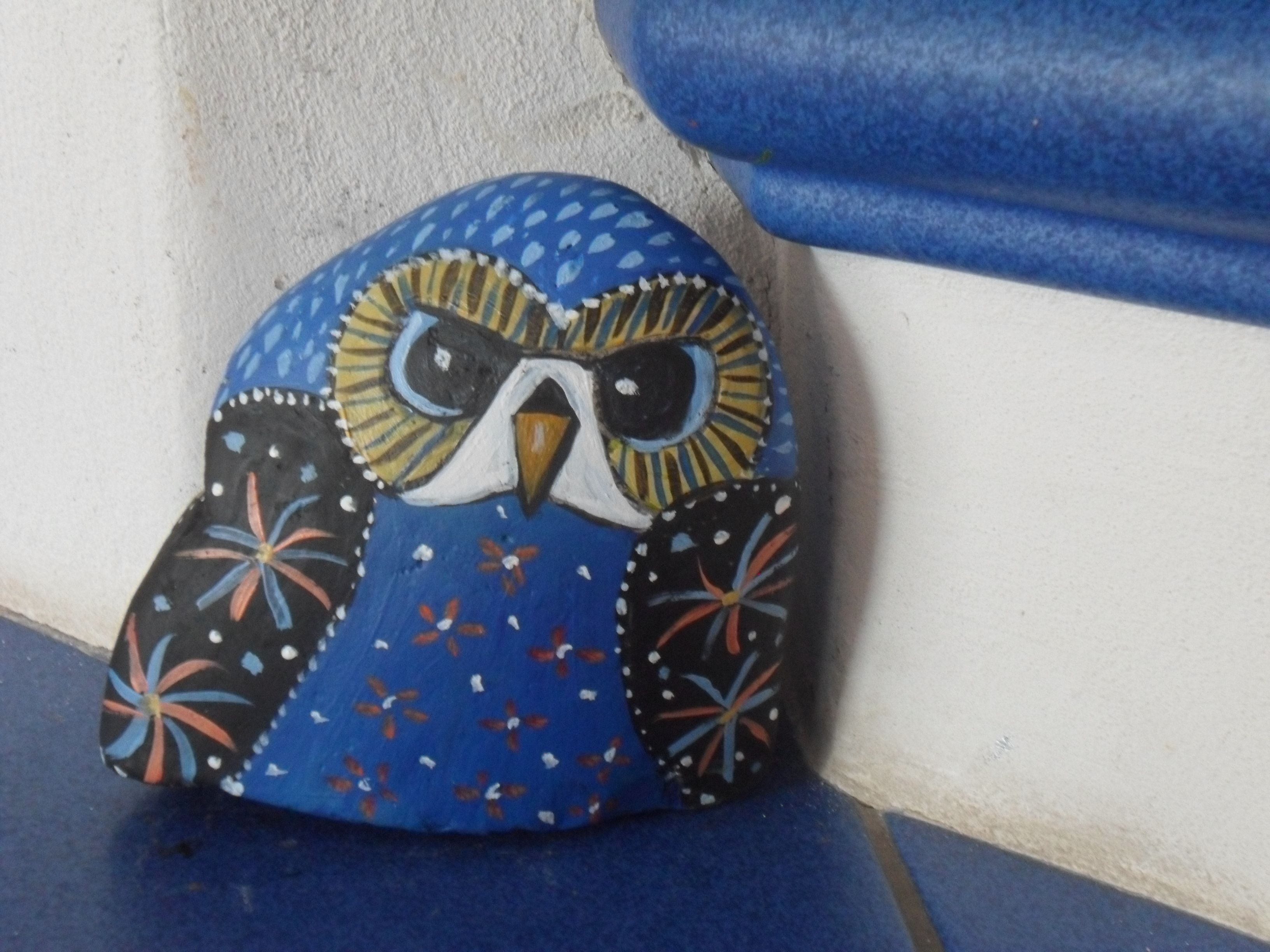 eule bematler stein bei ebay painted stones pebble art pinterest steine bemalen steine. Black Bedroom Furniture Sets. Home Design Ideas