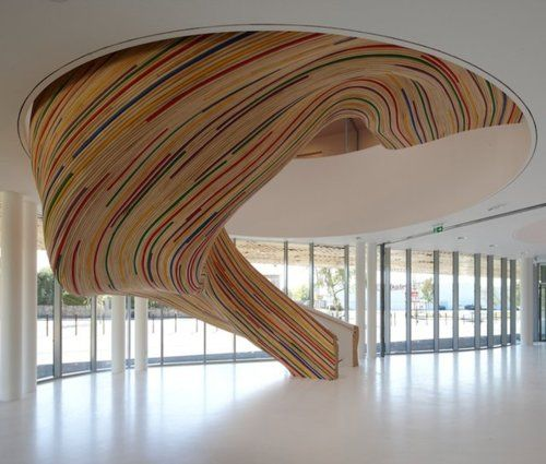 33 Staircase Designs Enriching Modern Interiors With: Sculptural Staircase By Tetrarc Architects