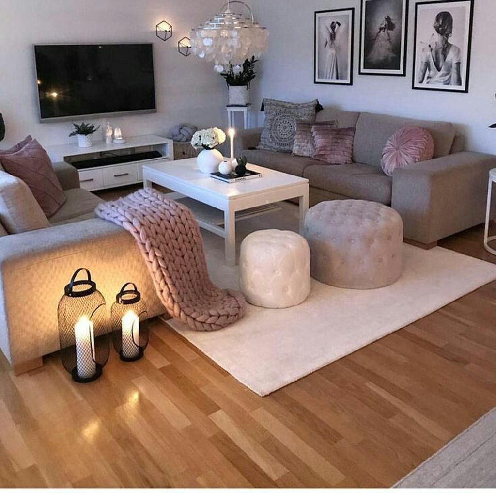 20 Cute And Chic Living Room Design For Your Home Trenduhome Living Room Decor Apartment Shabby Chic Living Room Shabby Chic Decor Living Room Idea chic living roomdecor