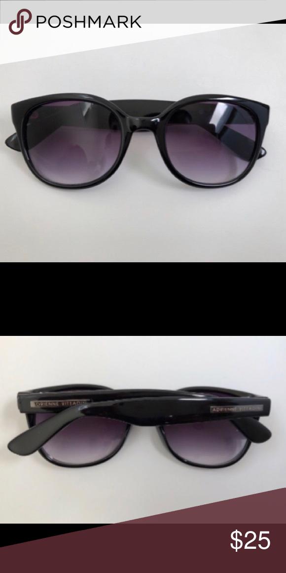 8e82db47e1a Adrienne Vittadini Sunglasses • Pre-owned Adrienne Vittadini Accessories  Sunglasses
