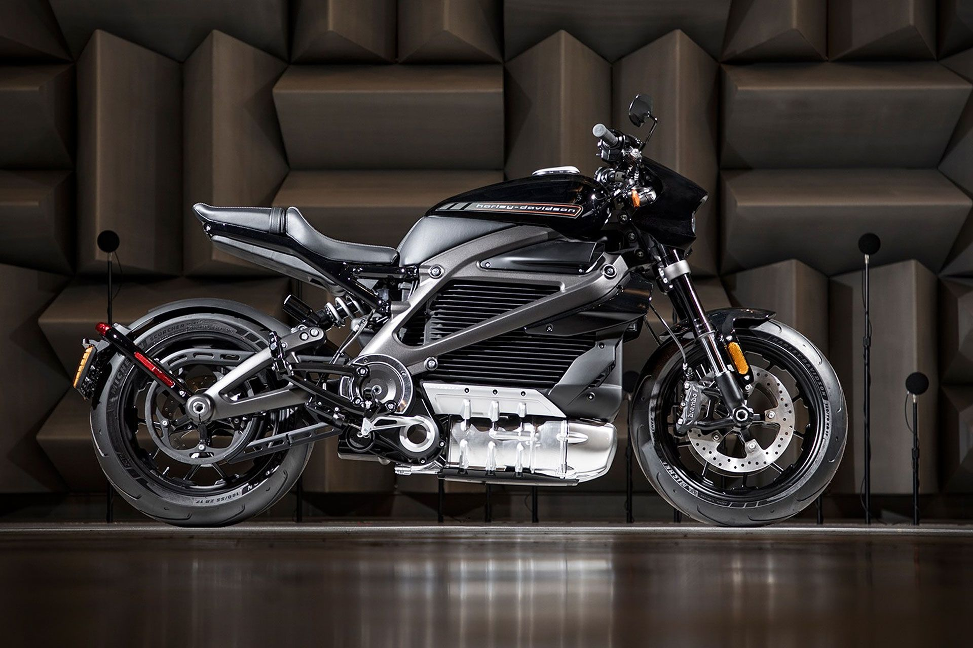 Harley Davidson Livewire Electric Motorcycle Harley Davidson Model Harley Davidson Dyna Harley Davidson Crafts