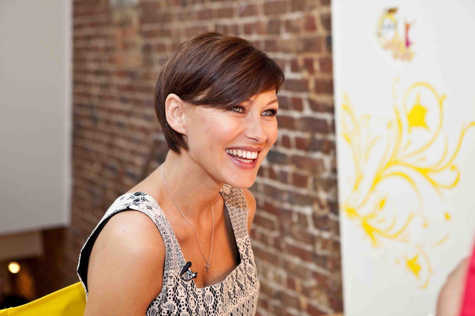 Bic Soleil Razors Review Emma Willis Hair Short Hair Styles Hair Inspiration