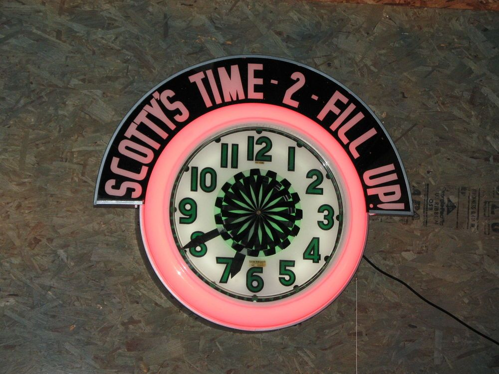 Vintage Spinner Neon Clock From Neon Electric Clock