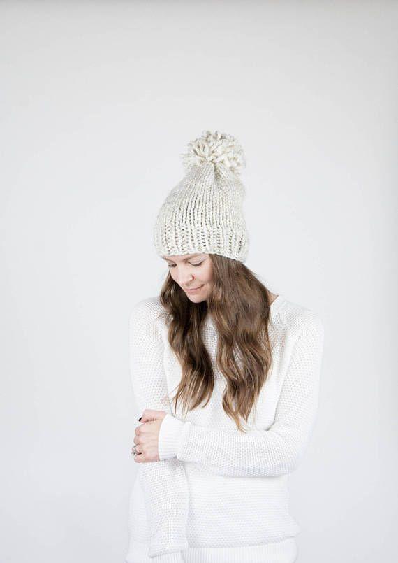 Punto Slouchy sombrero con pompones / el PERMAFROST / trigo | Gorros ...