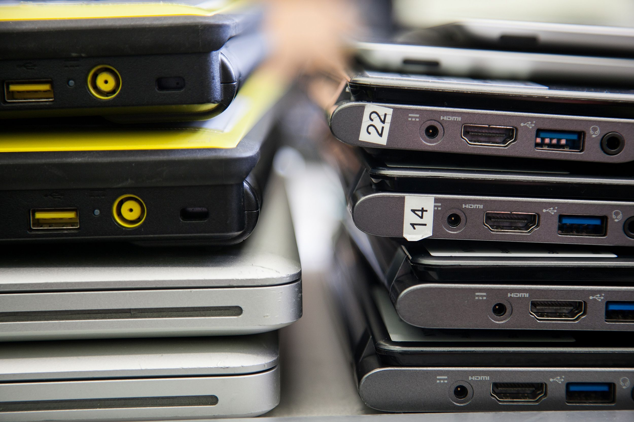 How Schools Around The Country Are Turning Dead Microsoft Pcs Into
