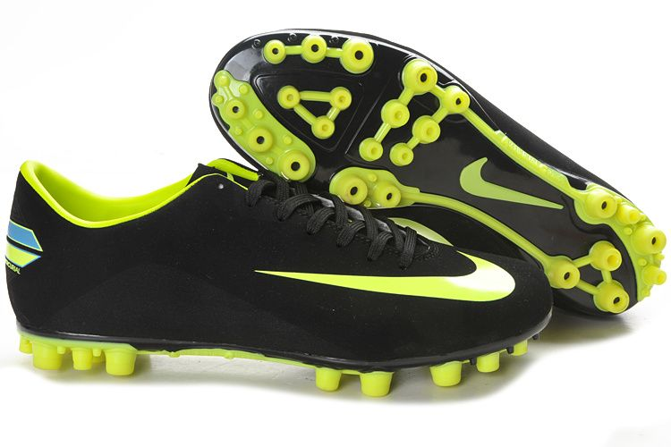 Athlete � USA Top Soccer shoes has a large variety of Nike Shoes. once you buy  shoes