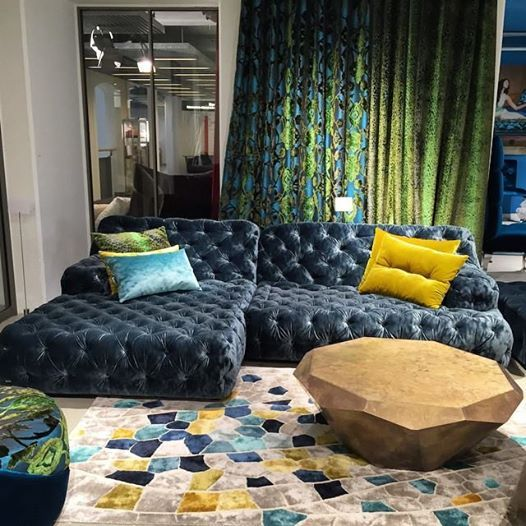 Olohuoneen Sisustus Viela Yksi Cocoa Island Sohva Bretz Vallaste Fi Dream House Decor Couch Alternatives Sofa Design