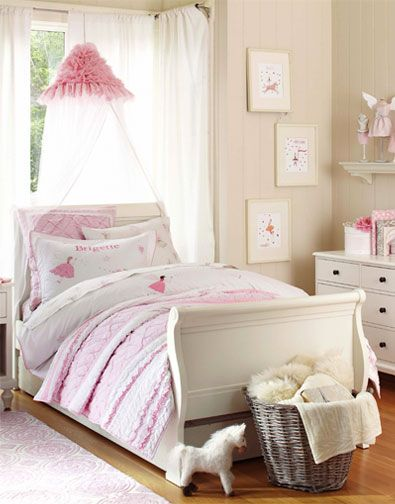 Girls Bedroom. Pottery Barn Kids